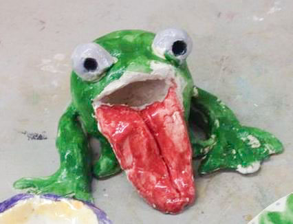 Course Artwork – Clay frogs with Christina Frank, 2017