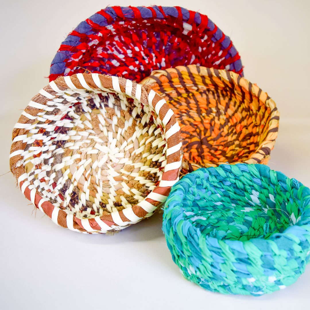 Class Artwork – Coiled Fabric Vessels – r
