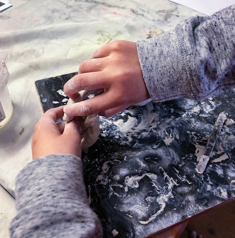 Class Image – Sculpting with Clay - Kids Art Club